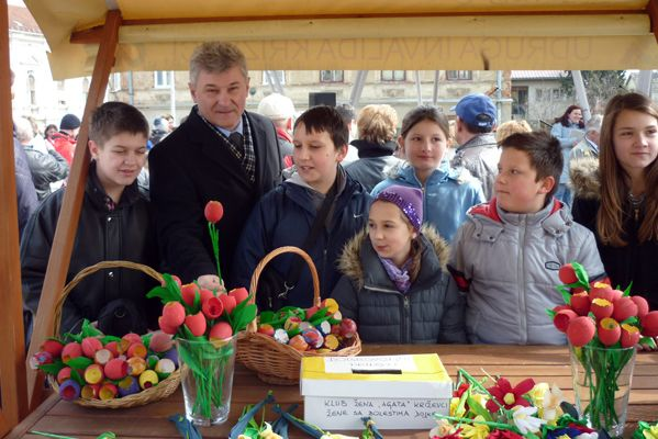Učenike je pohvalio i gradonačelnik Branko Hrg