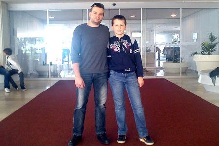 Domagoj s mentorom Velimirom Ivekovićem