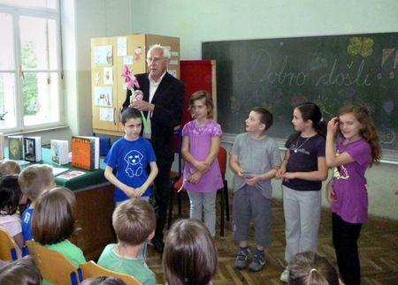 Učenici su pripremili program od Kušecovih pjesama i zagonetki