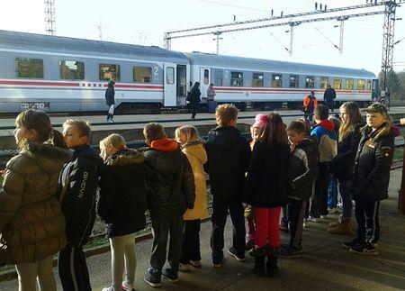 Na željezničkom kolodvoru dočekali su vlak