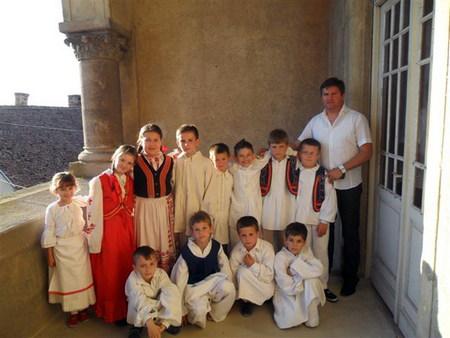 Učenici Područne škole Vojakovački Osijek članovi su folklorne skupine