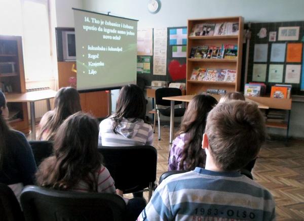 Učenici su odgovarali na različita pitanja o bajkama Regoč i Šuma Striborova