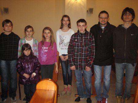 Isusovi učenici sa župnikom Draženom Hladuvkom