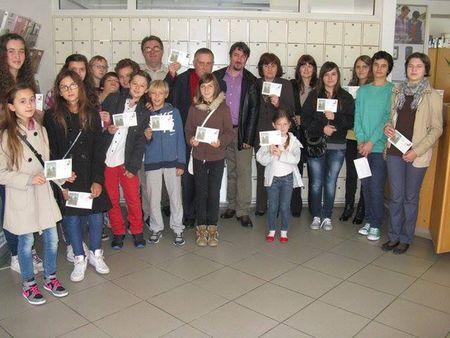 Svi su učenici za uspomenu dobili prigodnu omotnicu