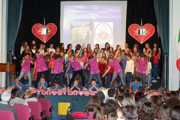 Učenici su pokazali svoje plesno, glazbeno i recitatorsko umijeće