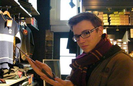 Josip je u Londonu posjetio trgovinu s heripoterovskim štapićima.