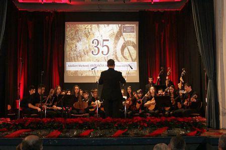 Orkestar je osvojio brojne nagrade i plakete