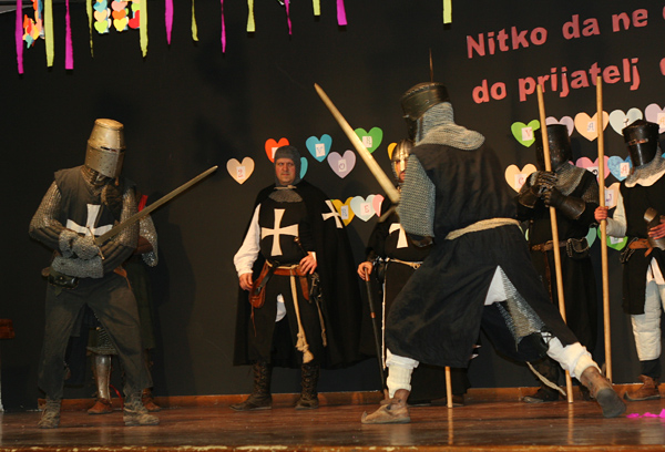 Predstava Reda Čuvara grada Zagreba dočarala je srednji vijek