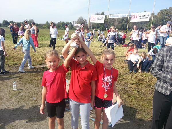 Učenice drugog razreda osvojile su ekipno 1. mjesto
