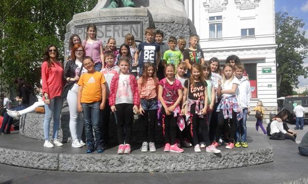 U Ljubljani m